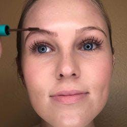 Application of Brow Gel in Audrey (Dark Blonde - Medium Brunette)