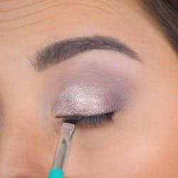 Application of Focus Eyeshadow Palette 2