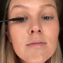 Tubing mascara application